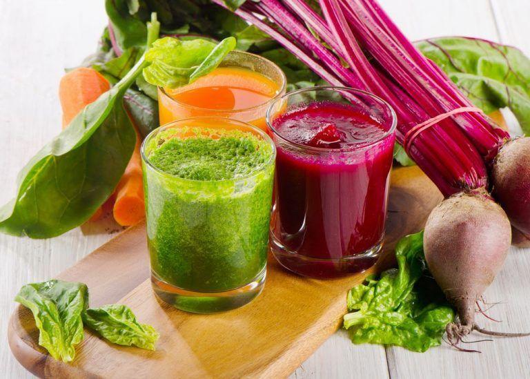 Verschiedene Gemüse-Smoothies